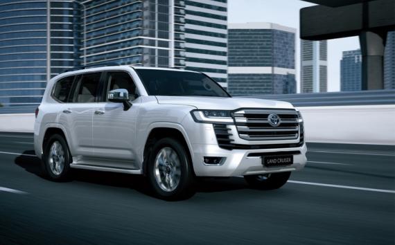 Masszívabb hatást kelt az új Toyota Land Cruiser